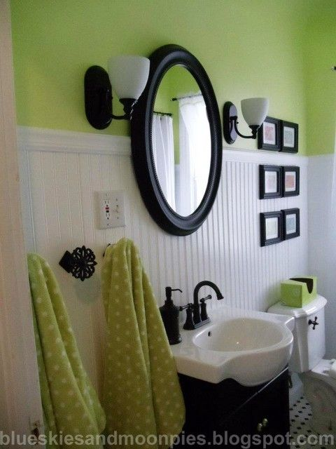 Just installed the new vanities in our master bath and liked it so much that I think I want to paint the boys' black. Which means I will probably end up painting the walls...not fond of black and yellow. Possibly green? It's their fav color..all THREE of them.