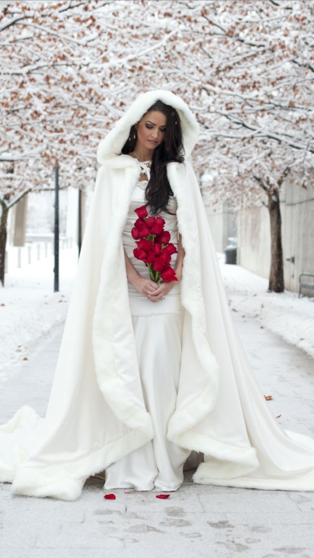 2015 Amazing White / Ivory Bridal Winter Wedding Cloak Cape Faux Fur Long Custom