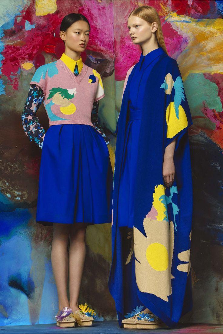 Delpozo Resort 2017 Fashion Show