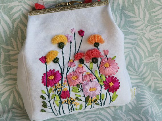 Color Choice French Pouch Embroidery Kit