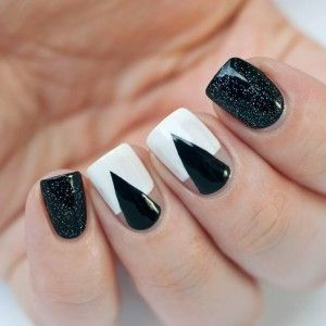 Black-and-White-Nails-Paulina's-Passions