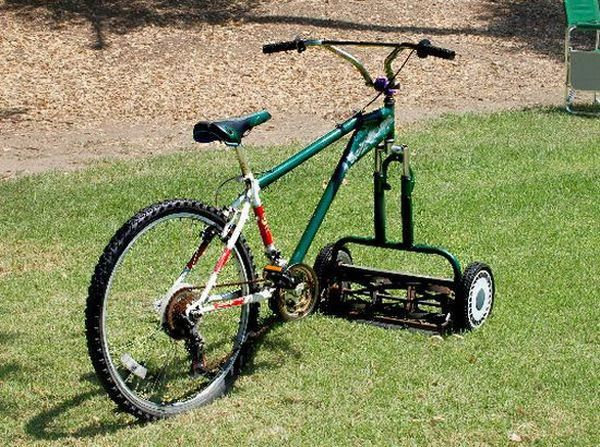 I can't knock this idea - Green Renaissance    This ingenious Bicycle-Lawnmower, fun way to cut your lawn.