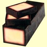 http://cristinnecosmetics.ro Sapun natural cu aroma de vanilie si bourbon. Potrivit pentru pielea uscata, deoarece contine ulei de masline, care hidrateaza pielea.    #uleidemasline #sapunnatural #sapunhandmade #sapunuri #sapunuleimasline #cosmeticenaturale $3