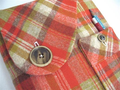 iPad cover from vintage fabrics: Ipad Iphone, Diyipad Covers, Vintage Fabrics, Crafting Crochet, Dingen Met, Fabric Crafts