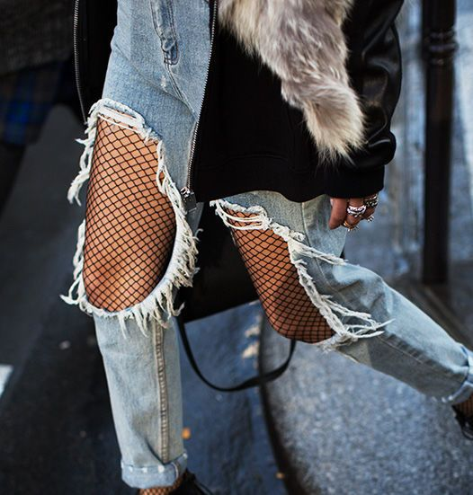 totally going to sport fishnets under my distressed denim now.