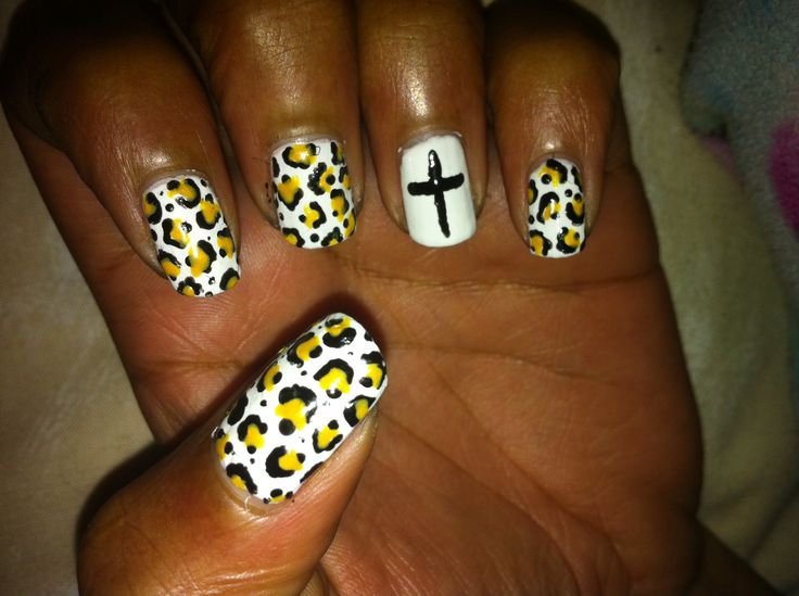 Holy Nails