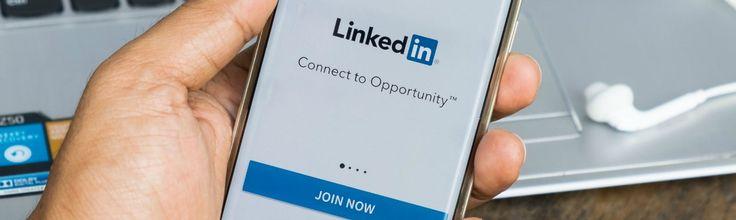 LinkedIn vervult een belangrijke rol bij de sollicitatieprocedure. Werkgevers en recruiters kijken vaak niet meer alleen naar iemand z'n cv en motivatiebrief, maar ook naar het profiel op LinkedIn. Wellicht ben jij aan het oriënteren opeen nieuwe uitdaging of sta je als (bijna) afgestuurde met één been op de arbeidsmarkt. Ikhelp je op weg met […]