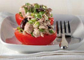 Tomates roma farcies � la salade de thon