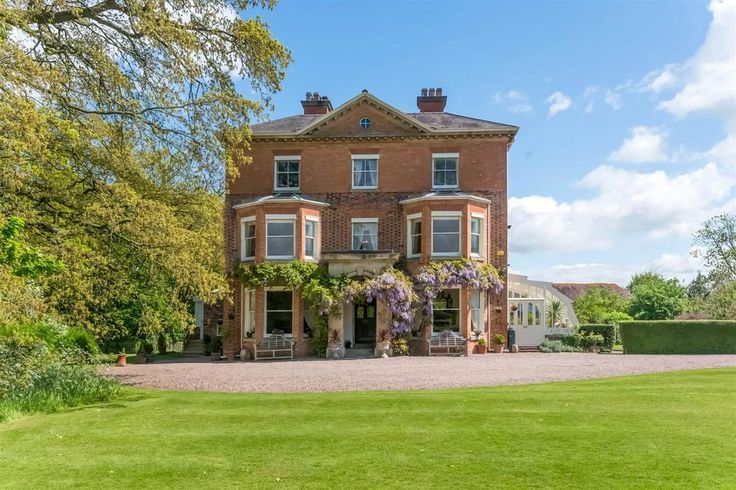 Elegant period country home for sale in Worcester