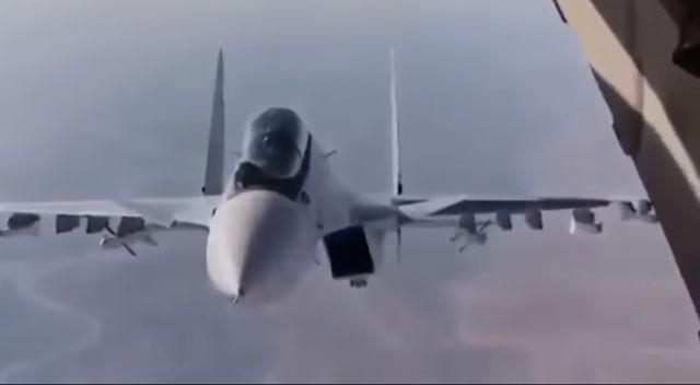 Το Κουτσαβάκι: Το ρωσικό Su-30 έκανε έναν φανταστικό ελιγμό στη Σ...
