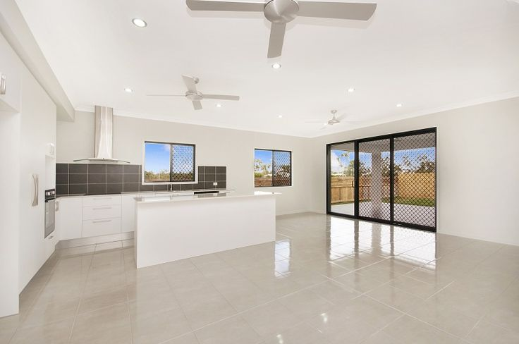 Proudly Built By   www.martinlockehomes.com.au  Townsville