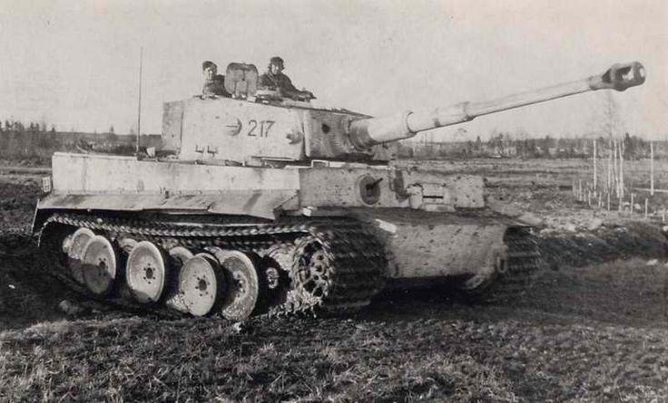 "Panzer VI ""Tiger"" + 4Relatos"