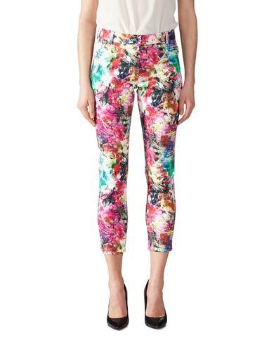 Tilaa ihastuttavat Benny-housut sekä muut Andiata-naistenvaatteet stockmann.com-verkkokaupasta vielä tänään!