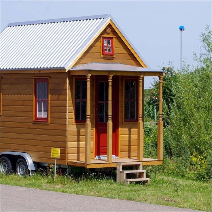 Gebäude Mini House. Mini-Haus bauen. Mini-Haus Haus auf Stelzen bauen den Anhang   – anbau