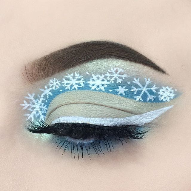 WEBSTA @alicekingmakeup It snowed here yesterday and it made me so happy! I had to do a snowy look❄️ – @anastasiabeverly…