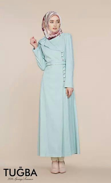 Turkish hijab fashion. Love that colour.