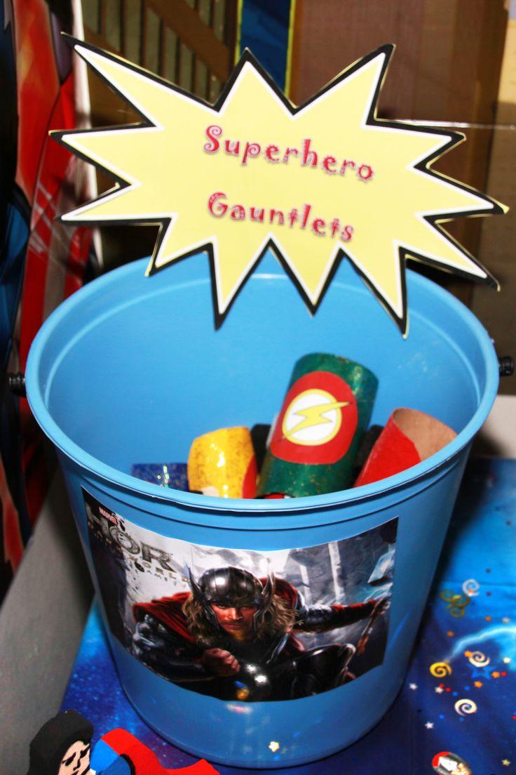 Superhero gauntlet favours