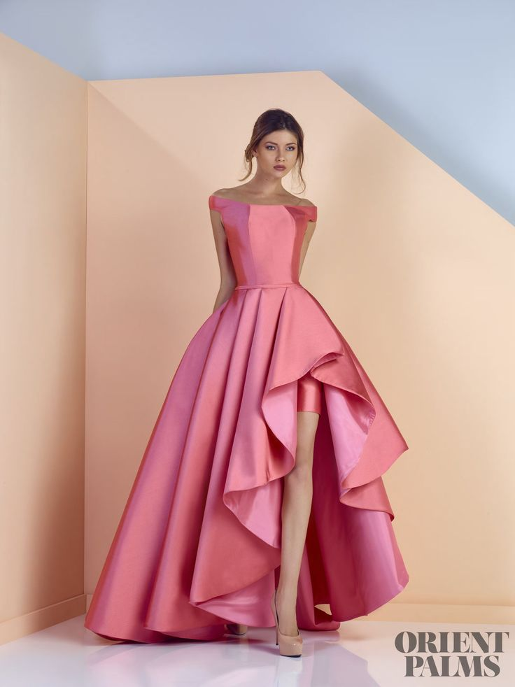 Divina by Edward Arsouni Spring-summer 2017 - Ready-to-Wear - http://www.orientpalms.com/Divina-by-Edward-Arsouni-6399