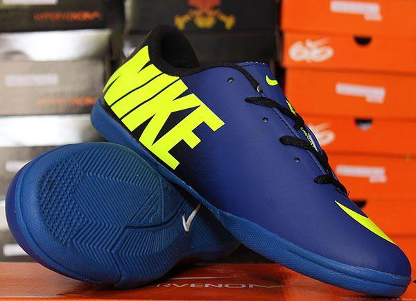 Nike Mercurial Vapor IX Hitam Biru Strip Rp 130.000  Pin BB : 277D5CC1 Call / SMS : 0856 5879 0893 |0821 7800 6207 http://sepatufutsalpremium.com/
