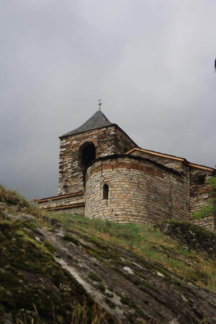 2010 - Església de Sant Vicenç de Cabdella a 1.427m ( La Vall Fosca - Pallars Jussà).