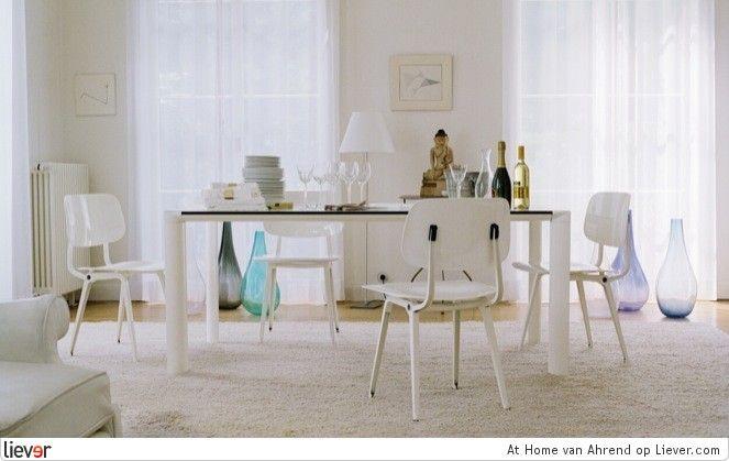white version of the Ahrend (Revolt) school chair by Friso Kramer, fresh!