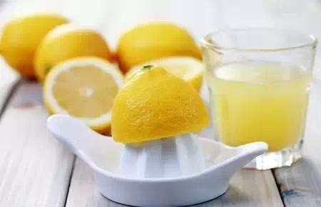 99%人都不知道的神級解毒食物!還能補腎、治感冒、降血壓......太強大了啦!!  老話說得好,是藥三分毒,如果生病了就想起用藥片來抱佛腳,那不如在日常飲食中多吃下面幾種食 ~ obat flu - lemon