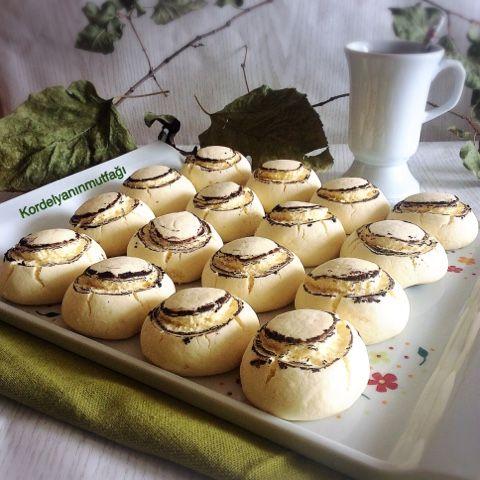Kordelyanın mutfağı: MANTAR KURABİYE