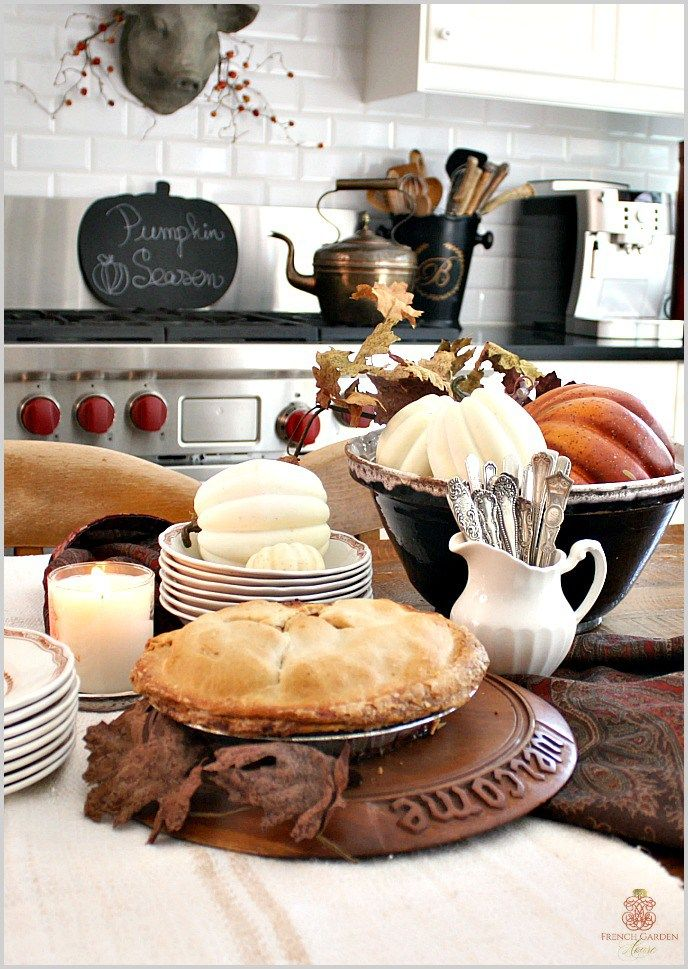 Simply placing silverware in a French cream pourer will instantly add a nice touch to your Thanksgiving dinner.
