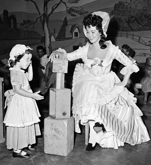 17 Best images about Shirley Temple Dolls, Costuming ...
