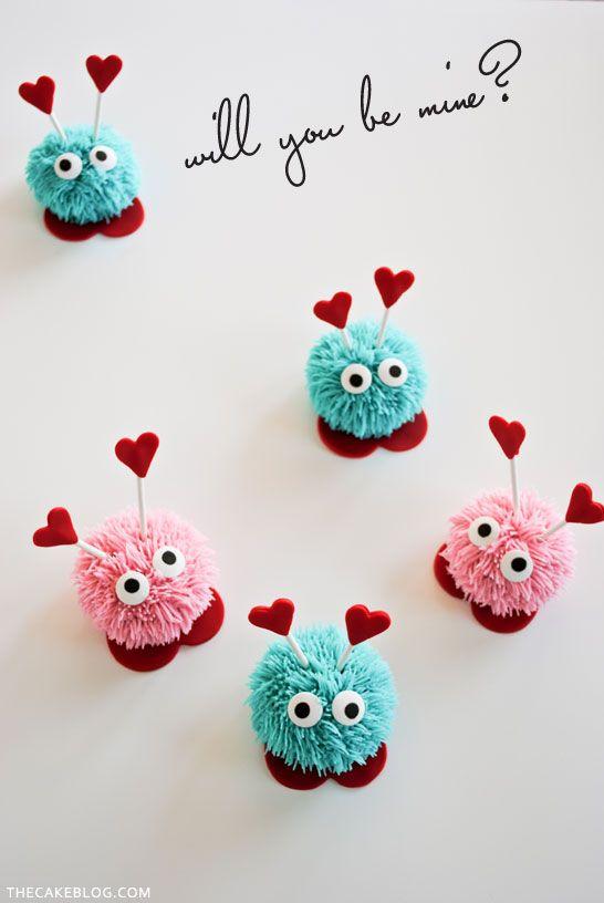 Bug Cupcakes Amor DIY párr El Día de San Valentín | Tutorial Paso a Paso | POR Carrie Sellman párr TheCakeBlog.com
