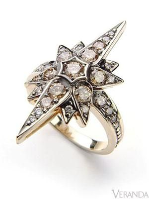 Noble Gold Diamond Star Ring from H. Stern - oh hello!