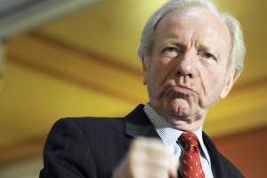 Joe Lieberman's new betrayal: The transparent cynicism in his Iran warmongering (What a creep)