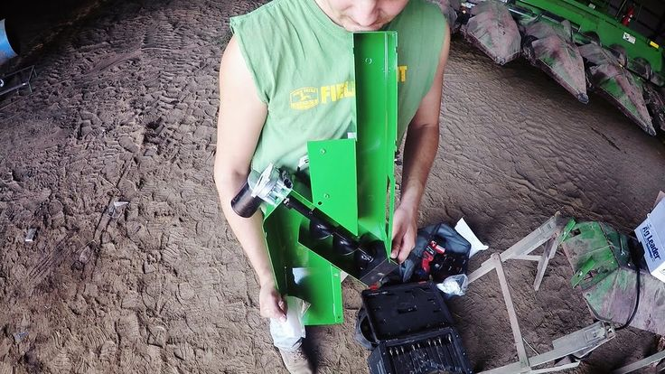 Ag Leader Yield Monitor Installation - WS Ag Center on this episode of How Farms Work #FarmLife #AgProud
