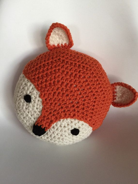 Einer unserer Lieblings-Kreationen ist Linus unsere liebenswert Fuchs-Kissen. 13 Runde und kommt in eine wunderbare Kürbis Orange und