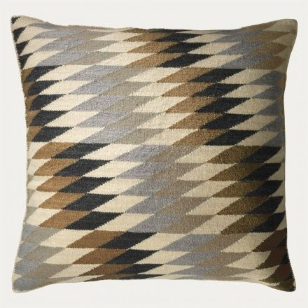 Terrace Kuddfodral - Ljus Granitgrå   Kollektioner   Kuddfodral   Vardagsrum…