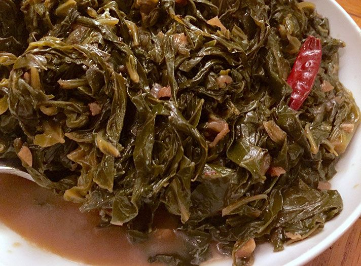 Hot sauce collard greens | So delushious.