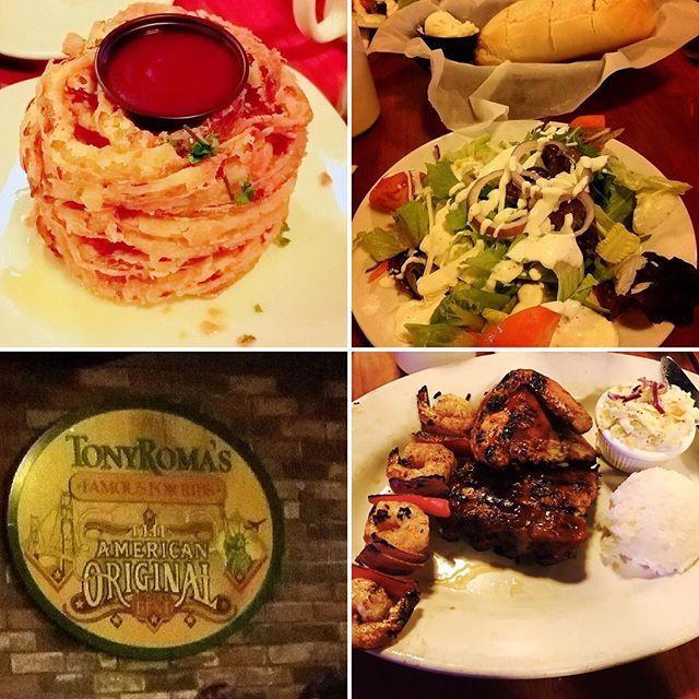 *TONY ROMA'S 番外編。in Hawaii🌺✨ トニーローマヽ(*・ω・)人(・ω・*)ノ リブ料理。ステーキレストラン。 ホノルル。カラカウア。老舗。 予約必須‼️セットメニューあり。 肉。肉。肉。🍖。笑 オニオンフライ、サラダ、パン、ご飯。 お店の看板はカタカナで トニーローマとも書いてあります😂😂 私たちは旅行会社のカウンターで 予約してもらいました♡♡ 予約なしだと待ち時間あり!! お手頃価格でお肉が食べれます|•'-'•)و✧ #TONYROMA'S #トニーローマ #Hawaii #ハワイ #ワイキキ #カラカウア #ホノルル #老舗 #肉 #ステーキ #BBQ #ステーキレストラン #🍖 #リブ料理 #リブ #骨付き肉 #バーベキュー #オニオンフライ #オニオンリング #行列 #コース #セットメニュー #ハワイごはん #ハワイディナー #ハワイアングルメ #ハワイグルメ