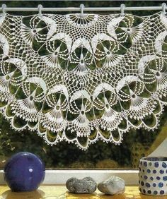 Could crochet into a circle or make as the curtain shown.