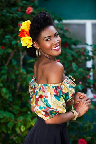 Loving Angelique Noire, the quintessential Black Pin-up Girl and her retro hair.