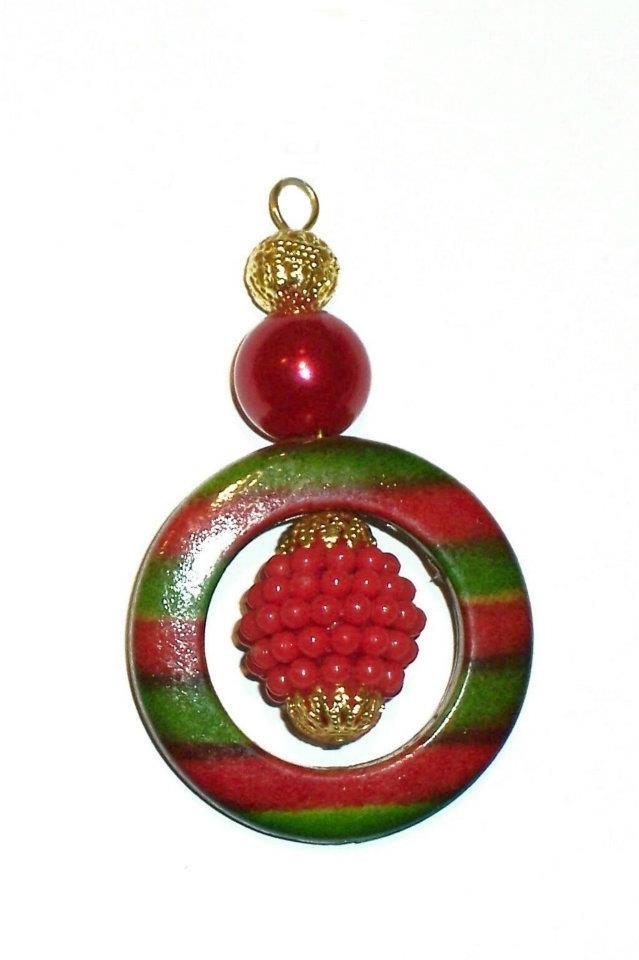 Addobbo Natalizio fatto con le nostre perline / Beaded Christmas decoration