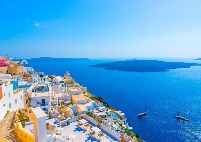 As ilhas gregas são as opções de férias de milhares de turistas todo o ano e é muito fácil saber o porque...