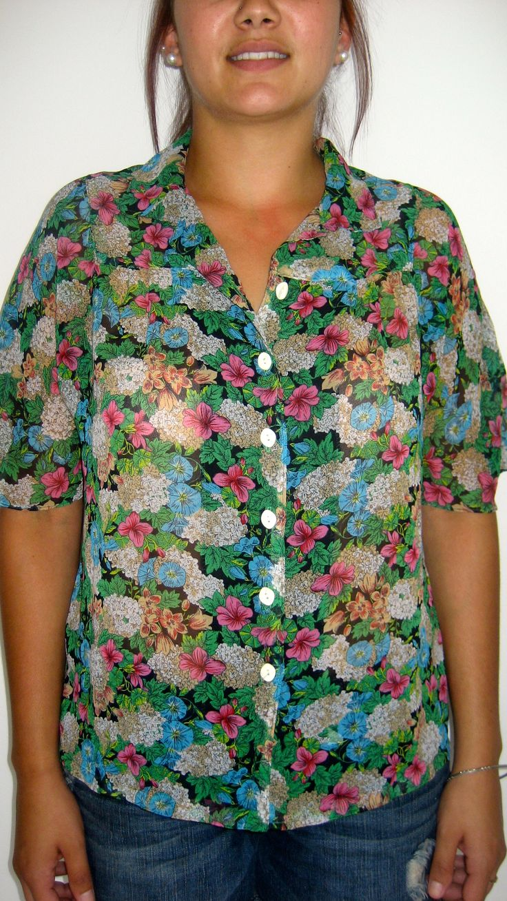 M-L / AU 10-12 $25 L: 61.5cm B: 104cm   Cute Japanese beachy sheer floral vintage top with a full button up top. Great to wear to the beach with denim shorts
