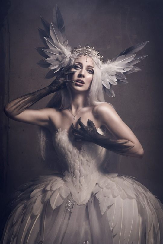 Dark Beauty Magazine Photographer: Viona Ielegems - Viona-Art Designer: Fairytas Model: Jolien Rosanne