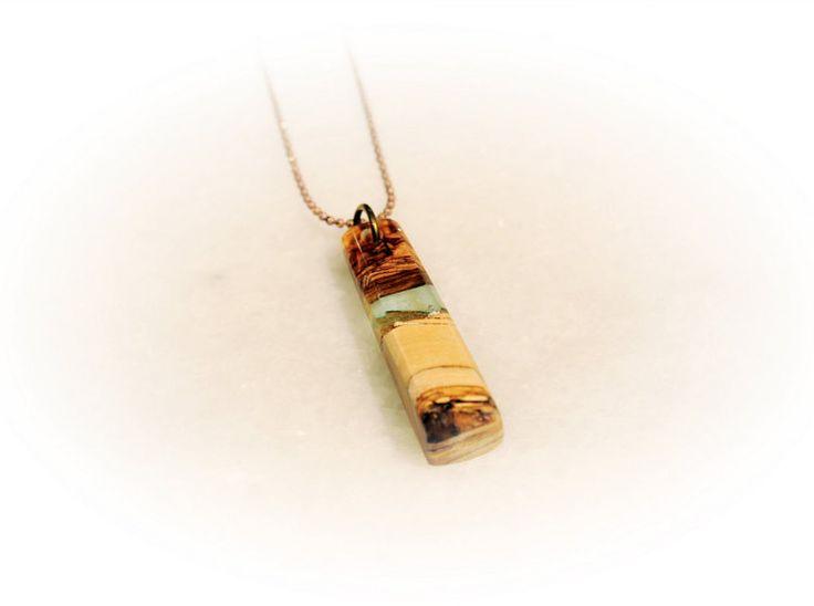 Τransparent Resin Necklace Resin Pendant Elegant by MavouShop