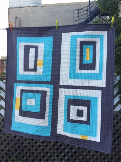Dizzy Quilts: Modern Log Cabins - A Friday Finish