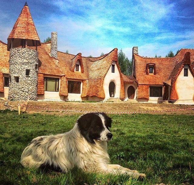 Castelul de Lut , Valea Zanelor Langa Sibiu