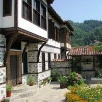 There are now some very cheap Bulgarian properties on the market now, I found a stunning 4 bedroom home for only 15000 euros.