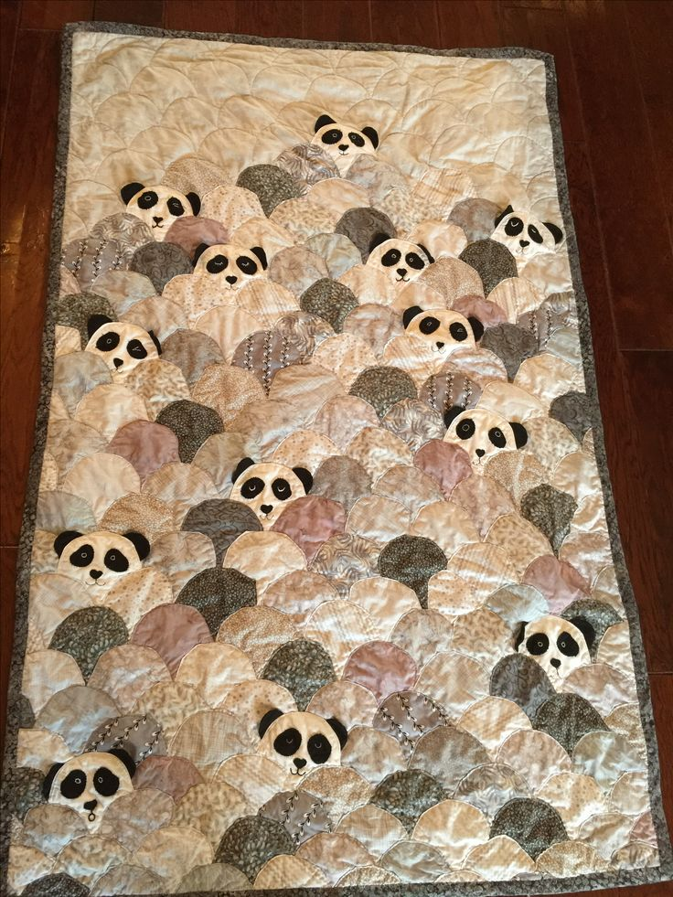 Best 25 Panda Quilt Ideas On Pinterest Clamshell Quilt