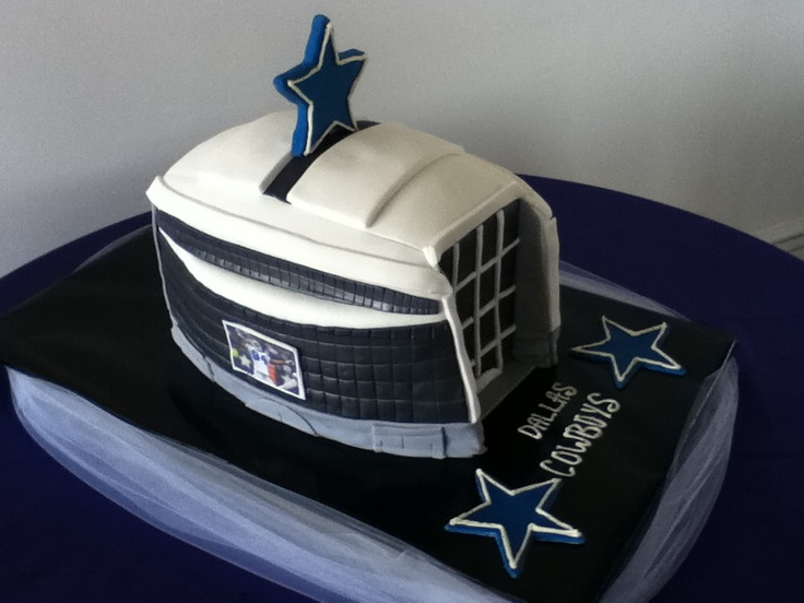 dallas cowboys themed wedding cake 17 best images about dallas cowboy cakes on 13318