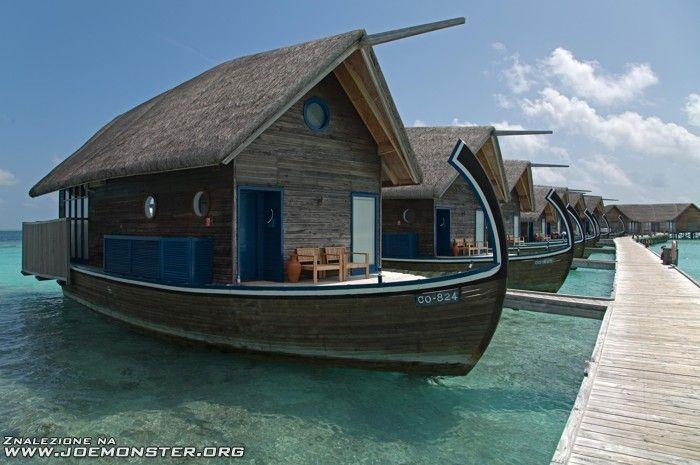 camp-boat? :)
